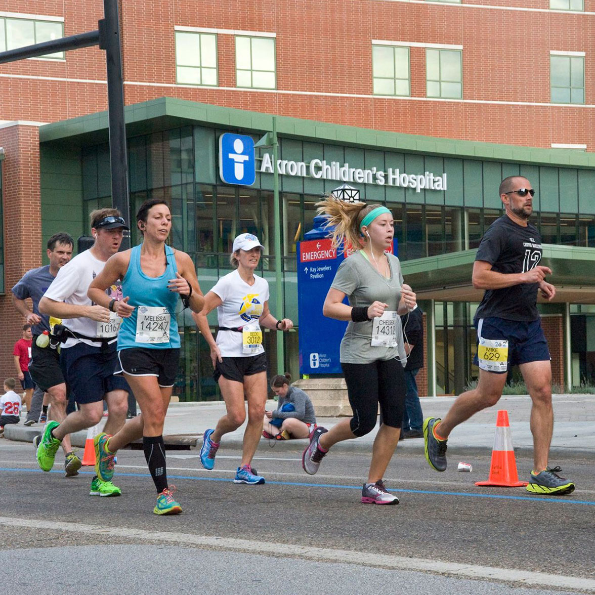 Marathon runners outside of Akron Children's Hospital